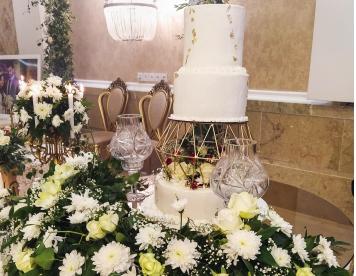 کیک عروسی_ خدمات مجالس ومراسم تشریفات بزرگمهرمشهد